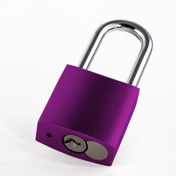Cadenas d'amour violet