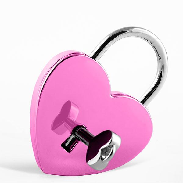 Cadenas d'amour rose en forme de cœur